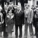 Зубрицкая Т.П. (вторая слева) среди ветеранов-танкистов. Москва. 13.09.1980 г. (НТГИА. Ф.547. Оп.1. Д.6. Л.1)