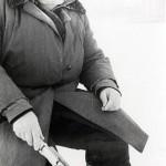 Кныш Н.М. на зимней рыбалке. (Портрет). 1990-е гг. (НТГИА. Ф.650. Оп.1. Д.68. Л.1)