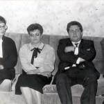 Участники российско-американской педагогической программы «Рукопожатие через океан»: среди присутствующих 2-я слева: Войнова Л.М., 3-й слева: заведующий методическим кабинетом администрации города Лион (штат Джорджия, США), Марлен Томлин. Март 1994 г. (НТГИА. Ф.662. Оп.1. Д.39. Л.1)