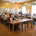 """Студенты НТГСПИ (ф) РГППУ на выставке """"...этот День мы приближали, как могли"""" в читально-экспозиционном зале городского архива. 26.03.2015 года."""