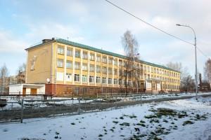 Здание школы № 12 поулице Жуковского. Ноябрь 2014года. ФотоИ. А.Дубровиной.