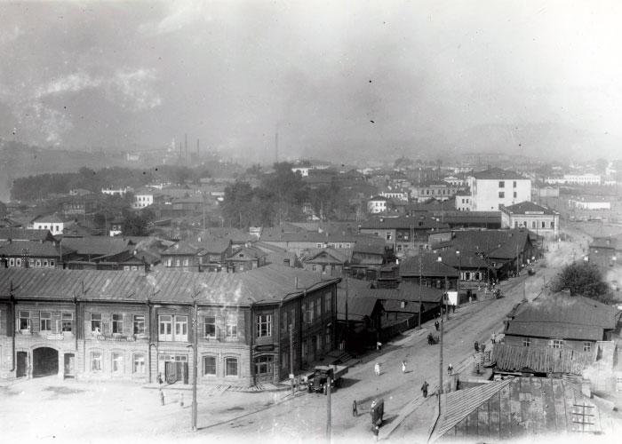 Улица Салдинская-Александровская (улица Ленина). 1920-е годы. (НТГИА. Коллекция фотодокументов. Оп.1ФА. Д.7. Л.1.фото1)