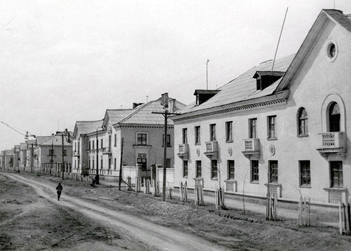 Жилые дома по улице Космонавтов 1960-е годы. (НТГИА. Ф.229. Оп. 1Ф. Д.72)