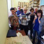 Участники заседания Совета в архивохранилище Нижнетагильского городского исторического архива
