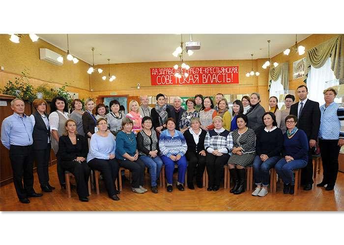Участники Совета по архивному делу в читально-экспозиционном зале НТГИА