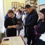 Участники встречи в архивохранилище Нижнетагильского городского исторического архива. 27.10.2017 г.