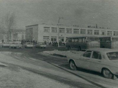 Н. Тагил. Автовокзал. Апрель 1974 г. (НТГИА. Коллекция фотодокументов. Оп.1ФА.Д.10.Л.6.ф.31).