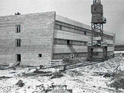 Строительство новых цехов завода металлоконструкций. 1965 год. (НТГИА. Коллекция фотодокументов.Оп.1Н1.Д.2176)