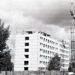 Строительство поликлиники по ул. Новострой. 1987 г. (НТГИА. Коллекция фотодокументов.Оп.1Н1.Д.1967)