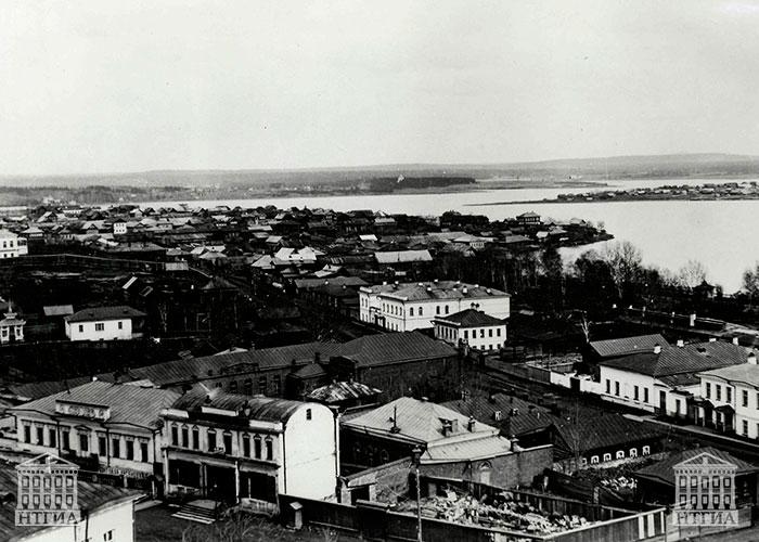 Вид города Нижний Тагил. 1900-е годы. (НТГИА. Коллекция фотодокументов.Оп.1П.Д.1661)