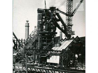 Доменная печь № 5. 1960-е годы. (НТГИА. Ф.229.Оп.1ФА.Д.9.Л.5)