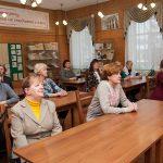 Ветераны и сотрудники архивной службы города Нижний Тагил в читально-экспозиционном зале Нижнетагильского городского исторического архива